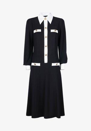 GRINTOSO - Robe en jersey - nero/panna