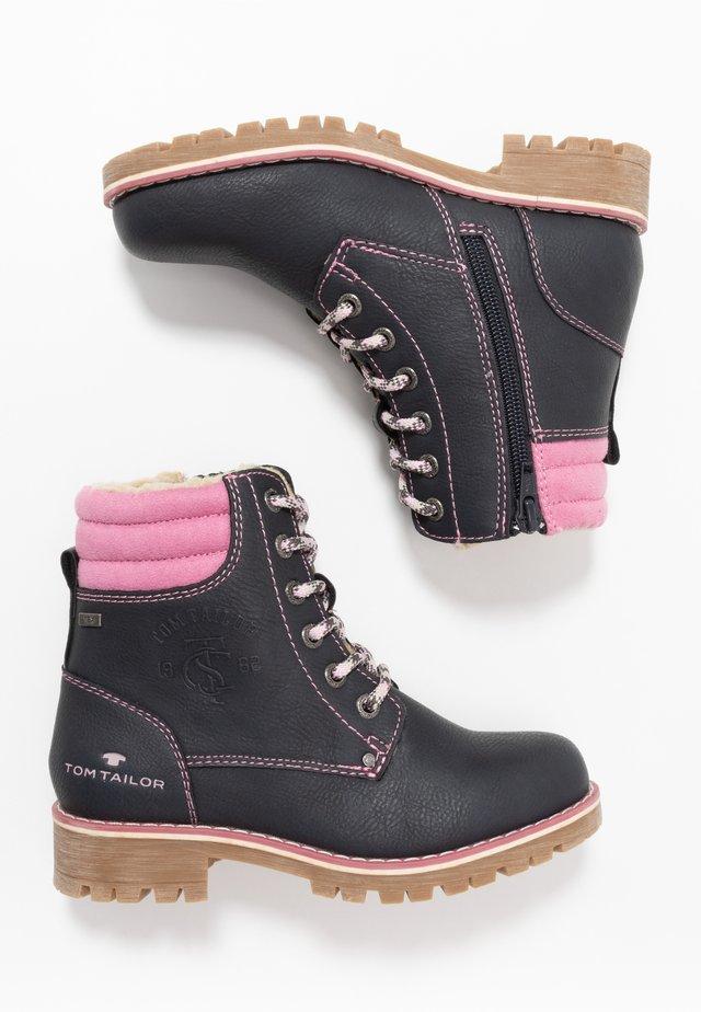 Šněrovací kotníkové boty - navy