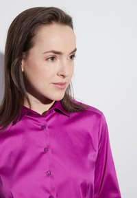 Eterna - MODERN CLASSIC - Button-down blouse - fuchsia - 2