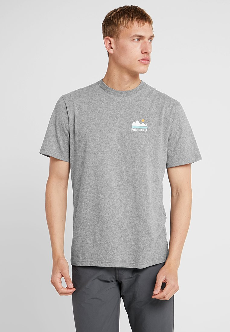 Patagonia - FED UP WITH MELT DOWN RESPONSIBILI TEE - Print T-shirt - gravel heather