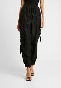 Tiger Mist - FLOSS PANT - Trousers - black - 0