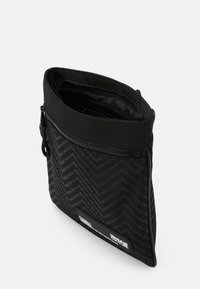 Versace Jeans Couture - Across body bag - nero - 3