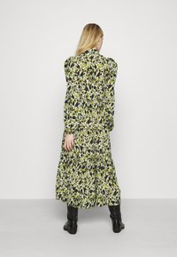 Never Fully Dressed - LEAF PANEL DRESS - Paitamekko - green - 2