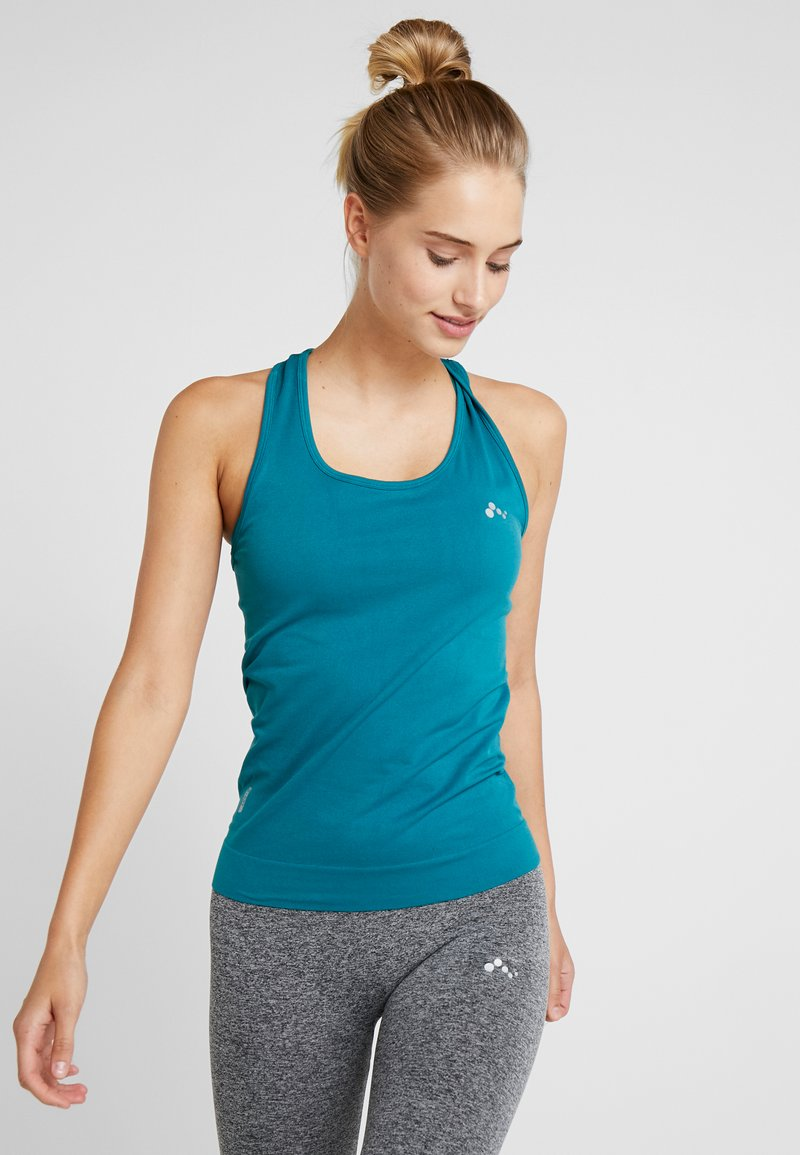 ONLY Play - CHRISTINA SEAMLESS  - T-shirt de sport - shaded spruce
