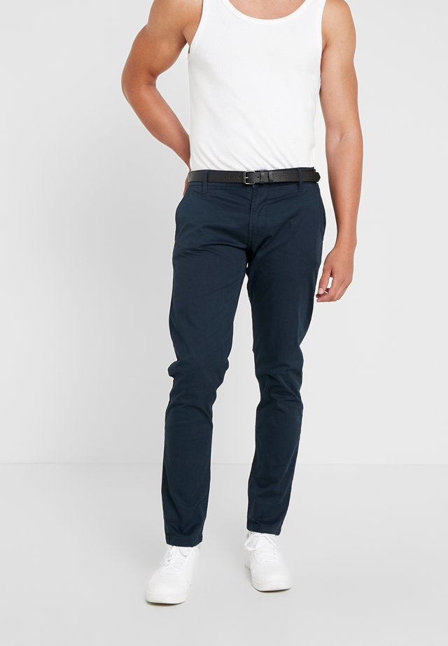 MENS STRETCH WITH BELT - Chino - navy