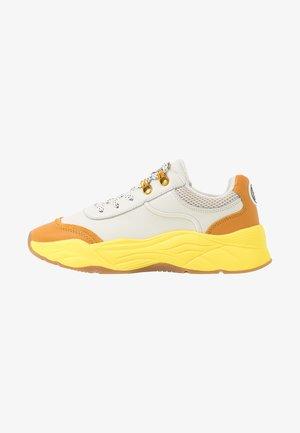 CELEST - Trainers - cream/yellow