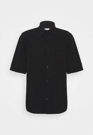 OLIVER - Overhemd - black