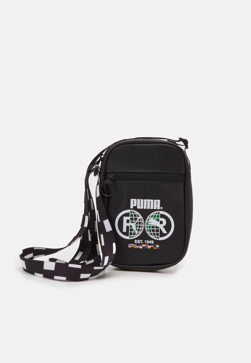 Puma - COMPACT PORTABLE UNISEX - Across body bag - black