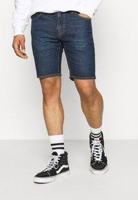 Levi's® - 412™ SLIM - Denim shorts - hi bye bye - 0