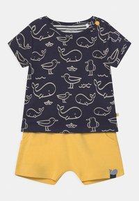 Staccato - SET - Print T-shirt - dark blue/yellow - 0