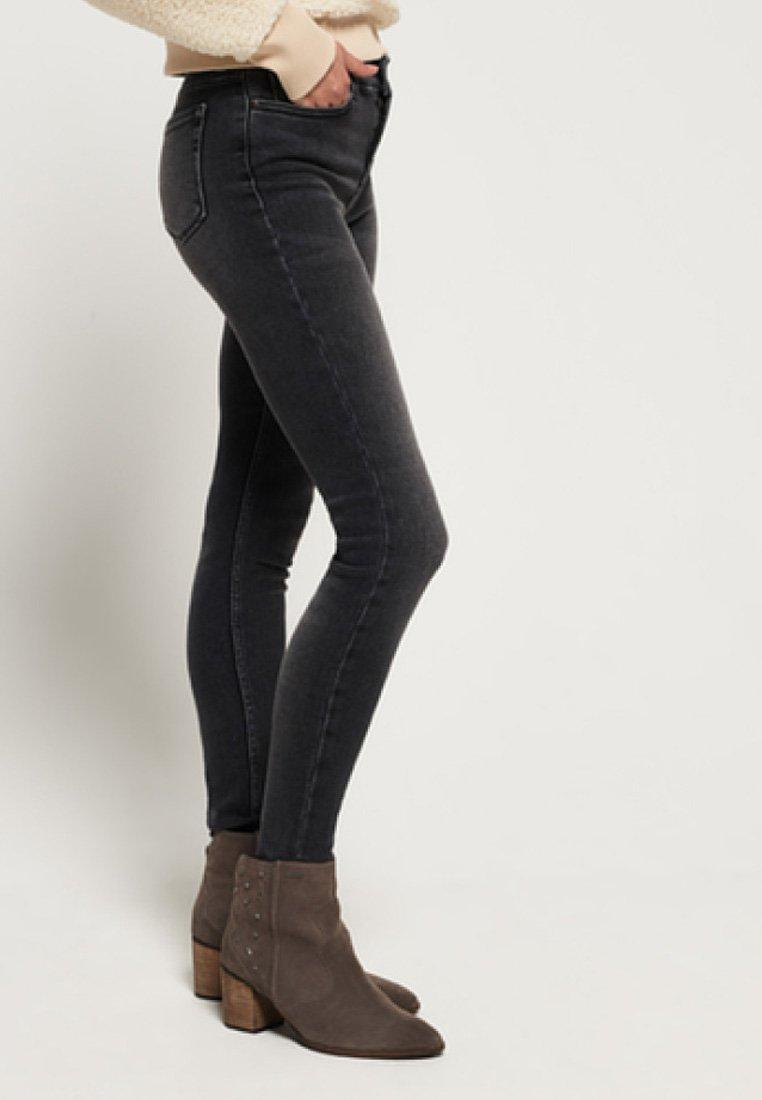 Superdry Jeans Skinny Fit - vintage grey/dunkelgrau fjTw9P