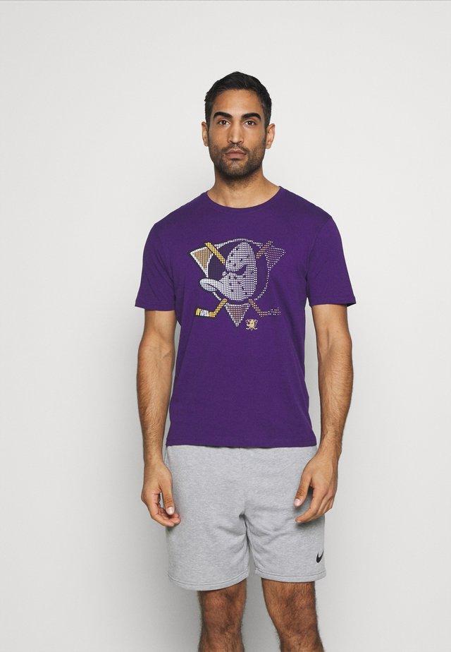 NHL ANAHEIM DUCKS FADE CORE GRAPHIC  - Equipación de clubes - purple