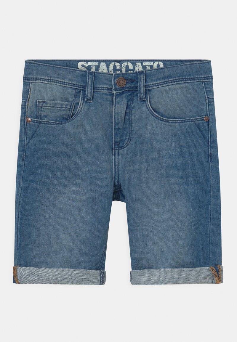Staccato - BERMUDAS KID - Jeansshort - light blue denim