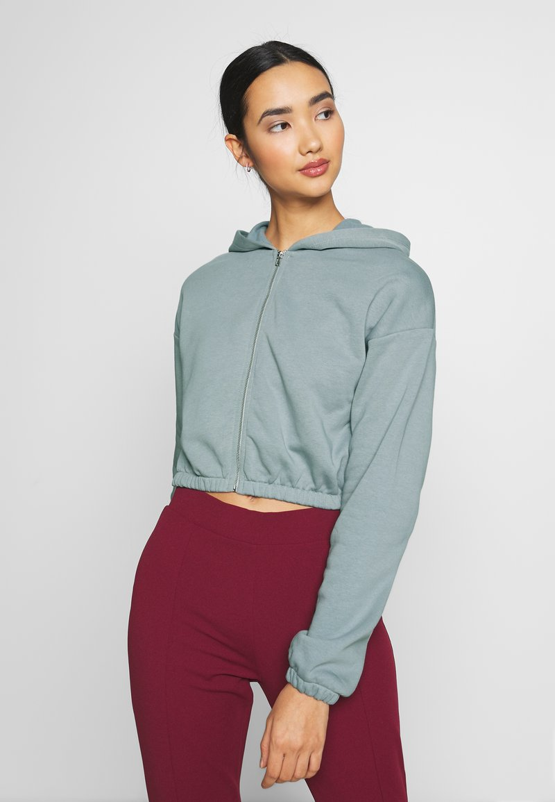 Nly by Nelly - CROPPED ZIP HOODIE - Zip-up hoodie - gray