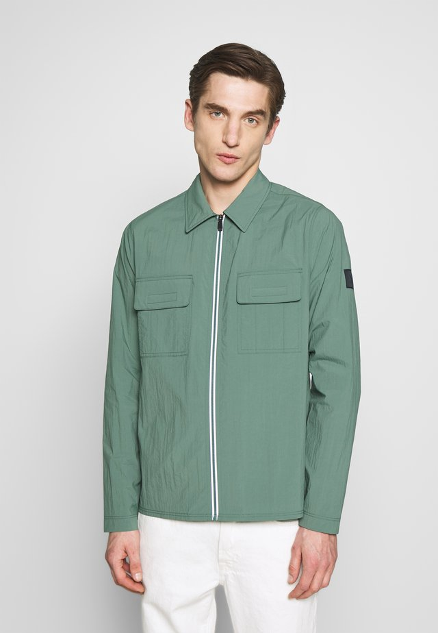 FULL ZIP SHIRT - Summer jacket - forrest