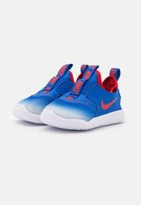 Nike Performance - FLEX RUNNER UNISEX - Scarpe running neutre - game royal/university red/photon dust/white - 1