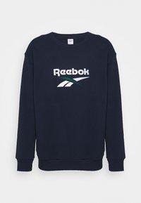 Reebok Classic - VECTOR CREW - Sweatshirt - vector navy - 5