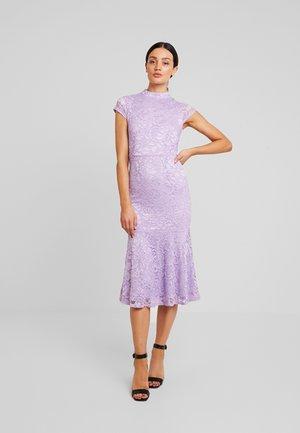 Koktejlové šaty/ šaty na párty - lavendula
