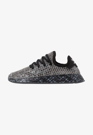 DEERUPT RUNNER STREETWEAR-STYLE SHOES  - Sneaker low - core black/footwear white
