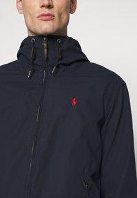 Polo Ralph Lauren - POPLIN HOODED JACKET - Summer jacket - aviator navy - 6