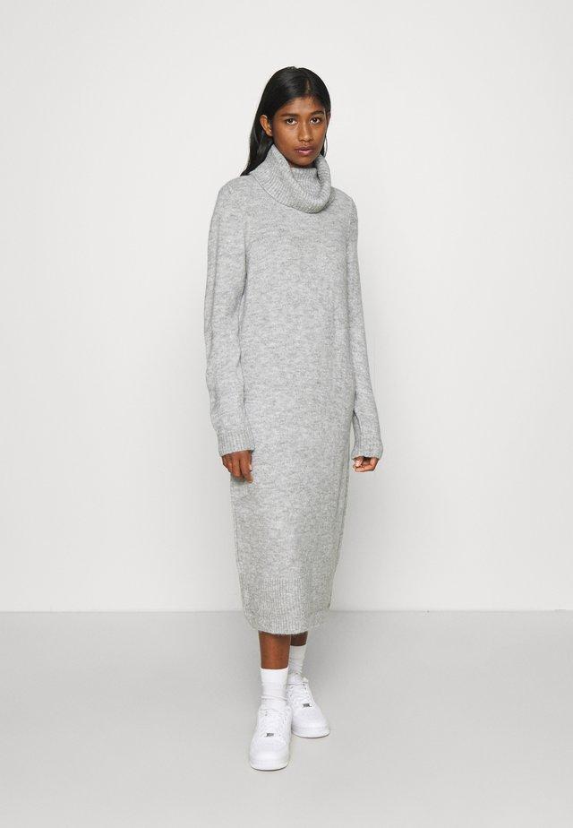 ONLBRANDIE ROLL NECK DRESS - Neulemekko - light grey melange