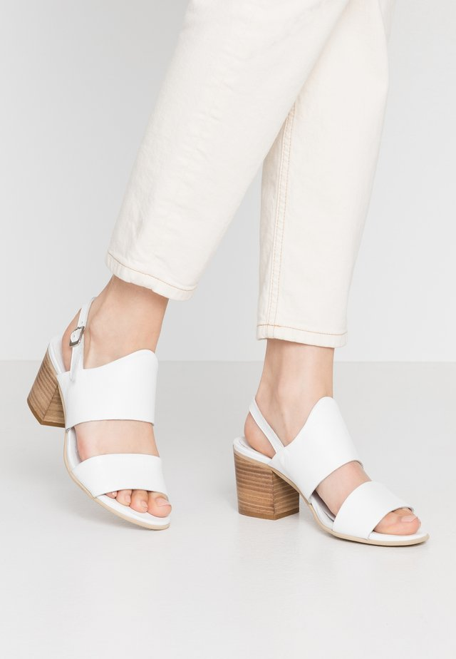 ARLENE - Sandalias - light white