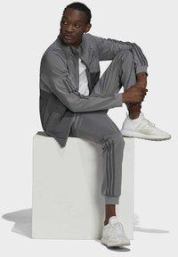 adidas Originals - Zip-up sweatshirt - grey - 4