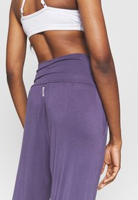 Deha - PANTS - Trainingsbroek - violet - 5