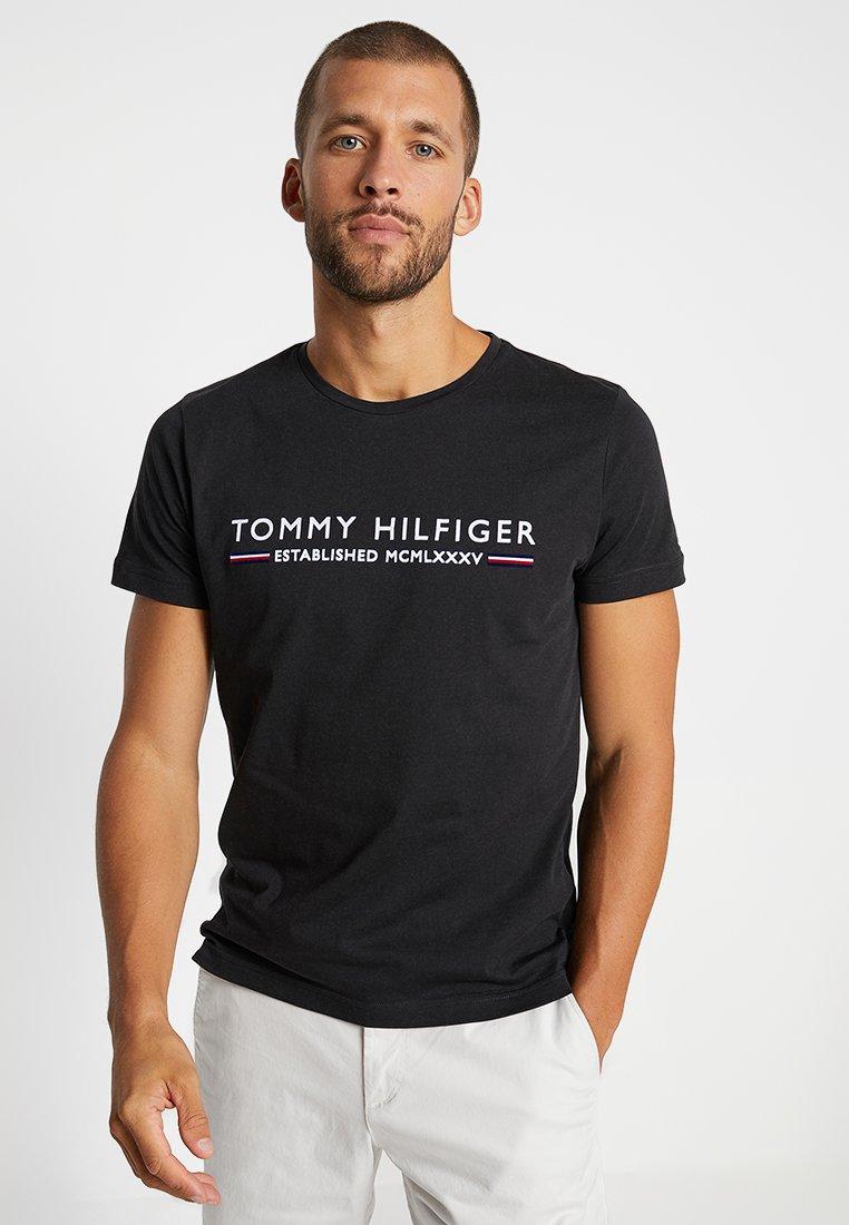 Tommy Hilfiger - ESSENTIAL TEE - Print T-shirt - black
