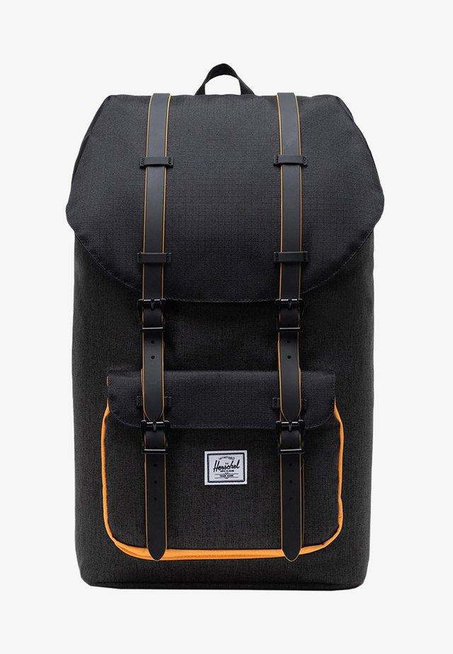 LITTLE AMERICA  - Sac à dos - black crosshatch/black/blazing orange