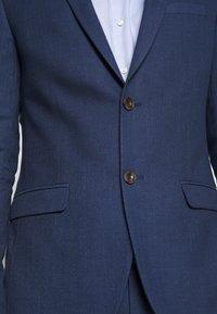 Ben Sherman Tailoring - BRIGHT FLECK SUIT SLIM FIT - Kostym - blue - 8
