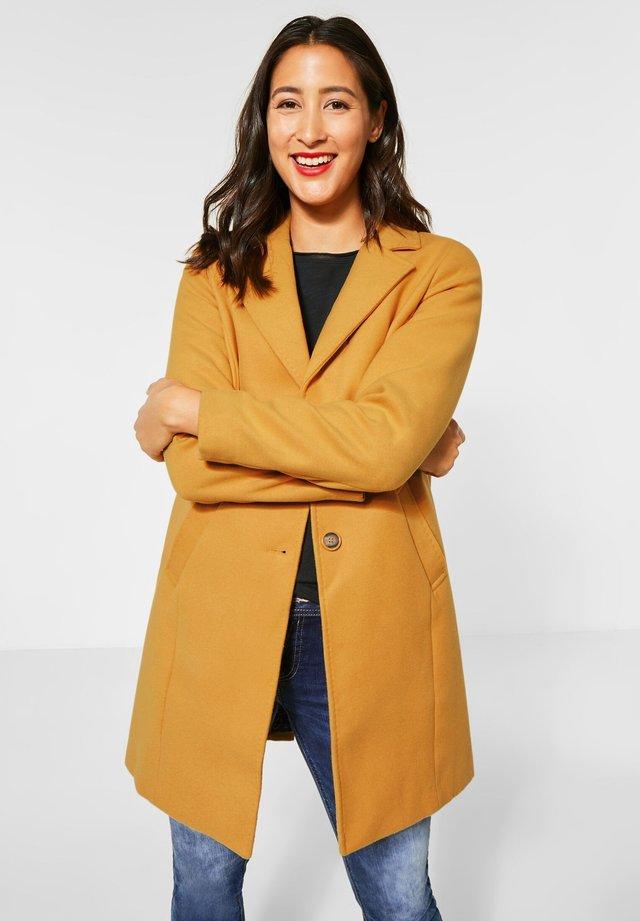 Manteau classique - orange