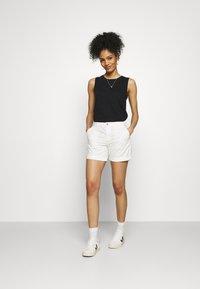 edc by Esprit - PIMA - Shorts - white - 1