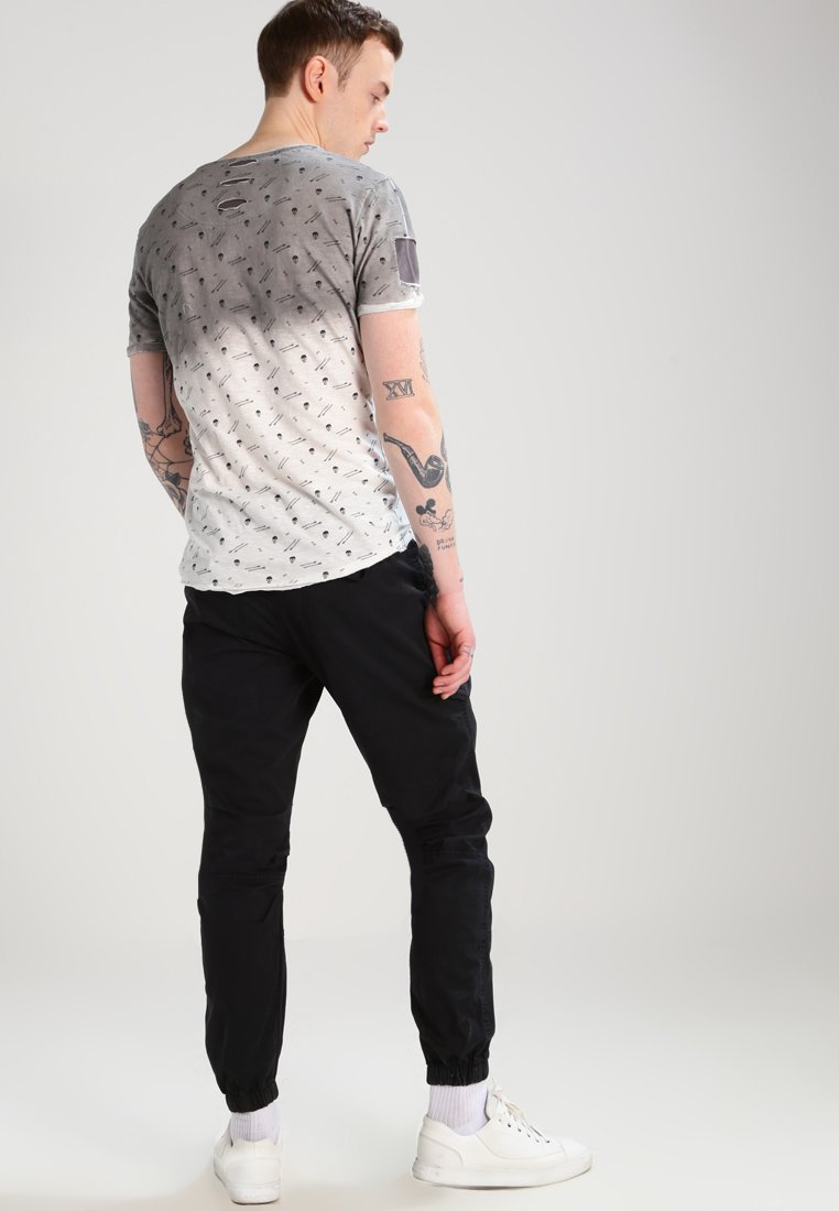 Online Cheapest Cool Shopping Men's Clothing INDICODE JEANS LEVI Cargo trousers black 0Cxzn4GDv MZTnWwO0K