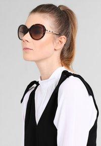 Burberry - Sunglasses - brown - 0