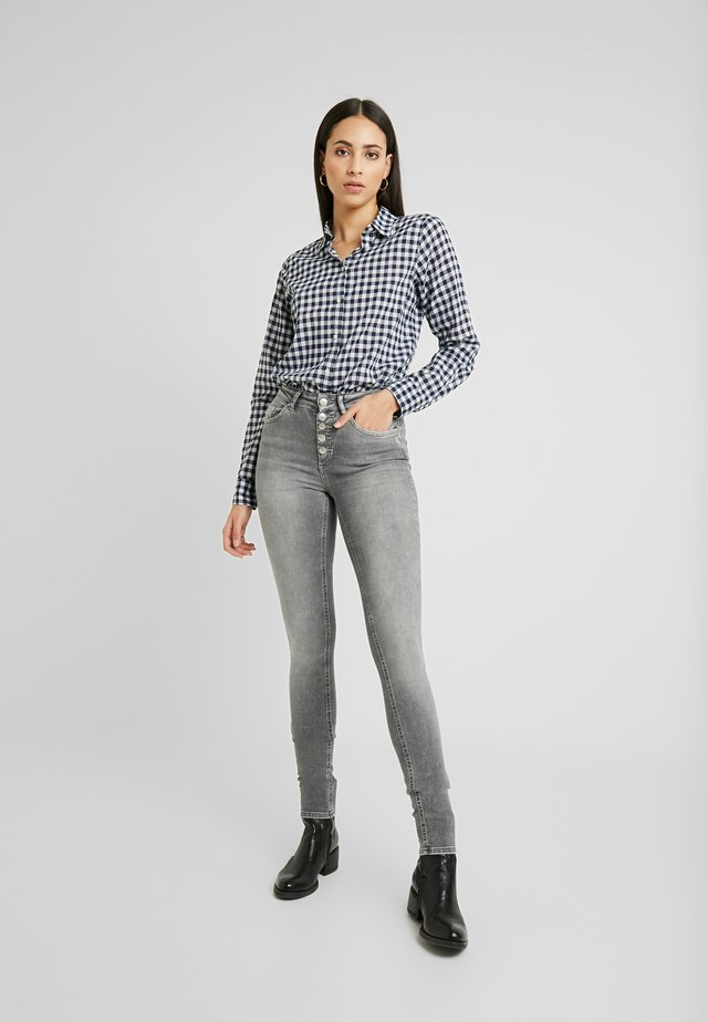 ONLBLUSH - Jeans Skinny - grey denim