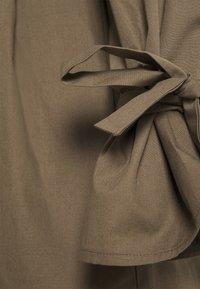 Missguided - TIE CUFF BALLOON SKATER - Shirt dress - khaki - 2