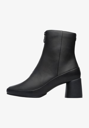 UPRIGHT - Classic ankle boots - schwarz