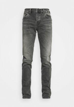 SERVANDO  - Jeans slim fit - dalton