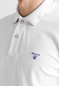 GANT - CONTRAST COLLAR RUGGER - Polo shirt - white - 3