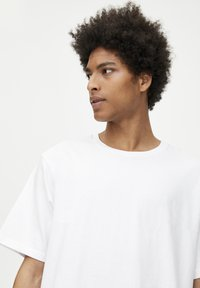 PULL&BEAR - 2 PACK - T-shirt basic - white, black - 5