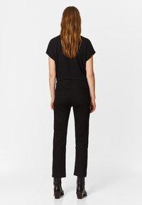Bimba Y Lola - BOOTCUT  - Jeans Bootcut - black - 2