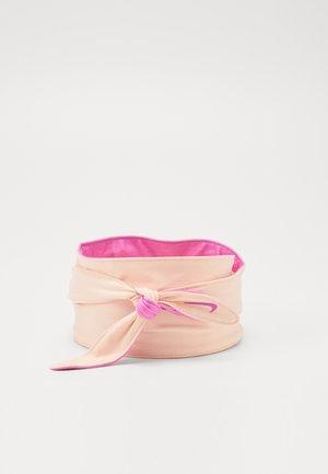 BANDANA HEAD TIE - Hodetørkle - washed coral/fire pink/fire pink