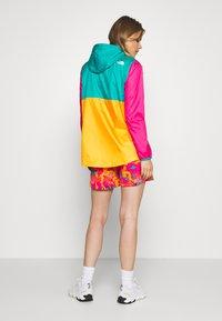 The North Face - WOMENS FANORAK - Windjack - flame orange/jaiden green/mr pink - 2