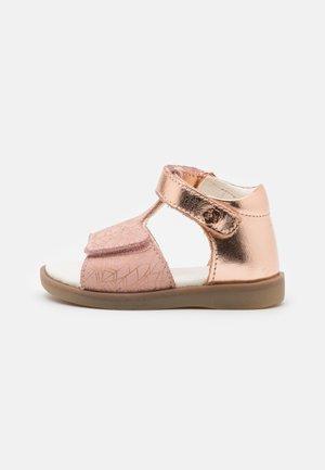 GIUSTICIA - Sandals - rose