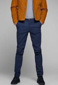 Jack & Jones - MARCO BOWIE - Chinos - navy - 0