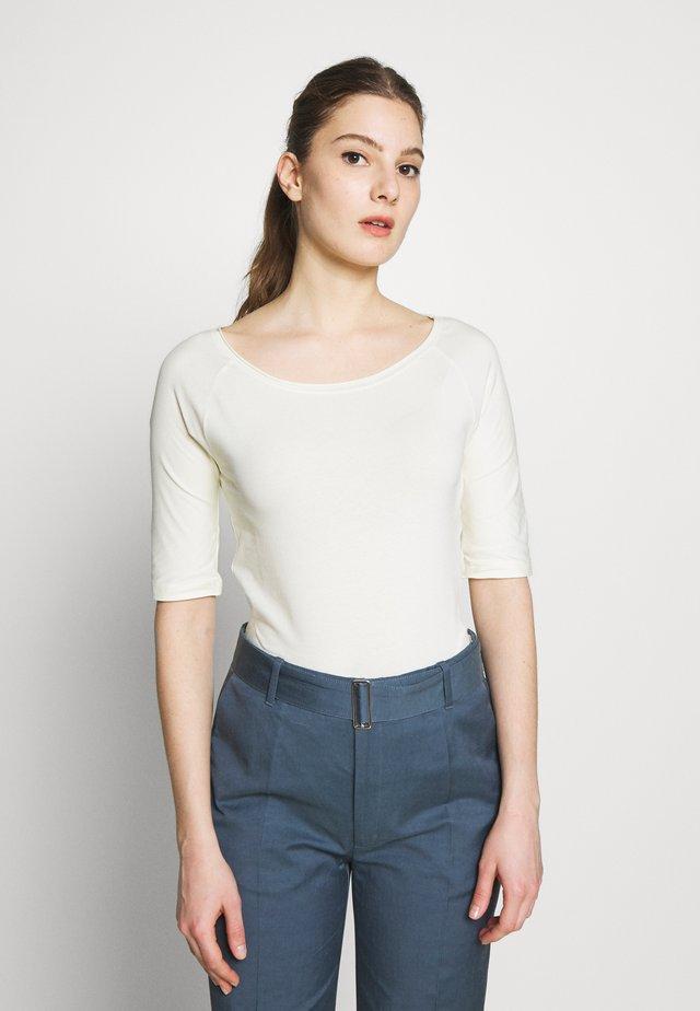 BALLERINA SLEEVE  - T-shirt basic - pale lime
