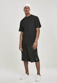 Southpole - Shorts - black/black - 1