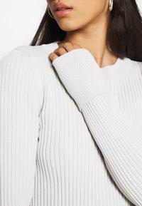 Weekday - JEWEL DRESS - Vestido de tubo - mole dusty light - 5