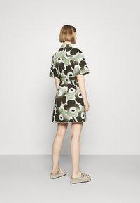 Marimekko - HEINIKKÖ PIENI UNIKKO DRESS - Shirt dress - green/dark green - 2